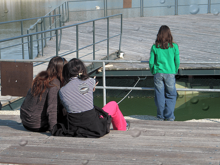 Is your teen an outsider in school?