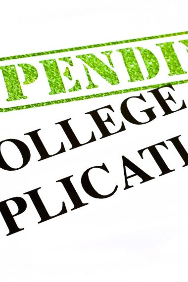 Tips To Complete Your College Admission Application